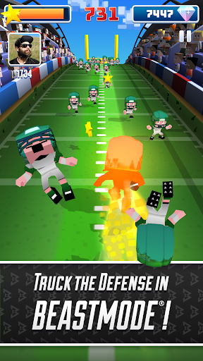 Marshawn Lynch Blocky Football screenshot 11