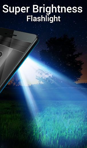 Best Flash Light - Torch Flashlight plus Wallpaper screenshot 4